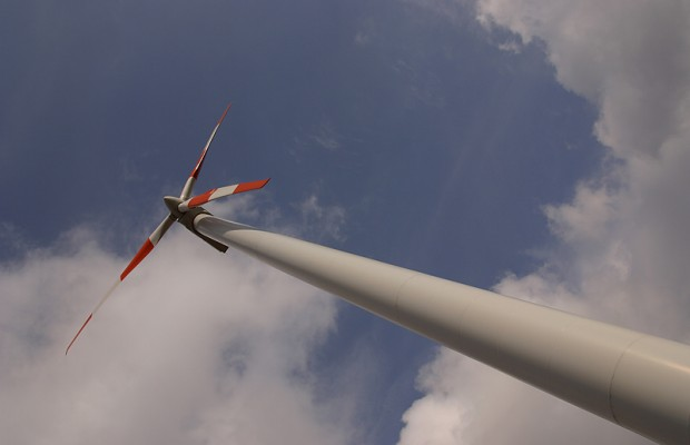 Iowa Wind Energy Developing Rapidly With Mid American Blade Purchase