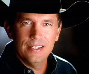 George Strait in Des Moines 4/18-19 (Sold Out)