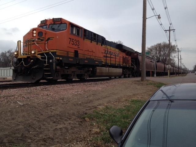 Rail Authority Renews Contract