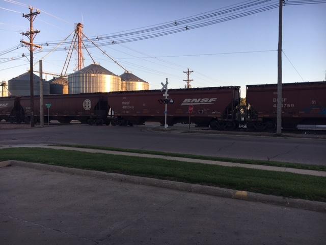 northeast sd facility loading grain moving trains radio 570 wnax